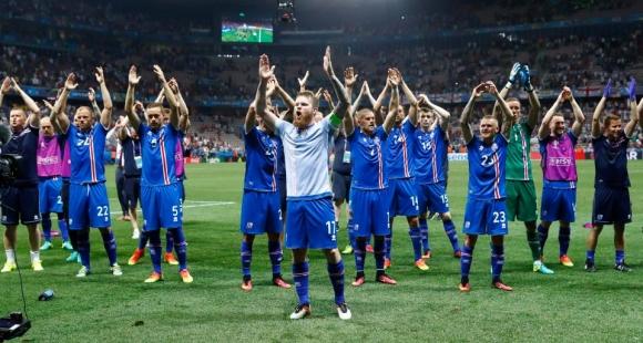 Селекционерът на Исландия мрази прочутия викингски поздрав и още работи като...зъболекар