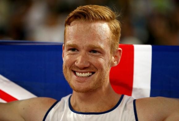 Олимпийски шампион по лека атлетика става колоездач