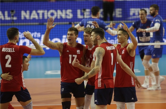 САЩ не даде никакъв шанс на Сърбия в Чикаго (видео + снимки)