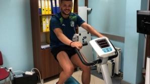Част от играчите на Берое минават медицински прегледи в София