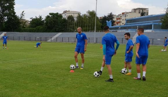 Дунав започна подготовка с шестима нови