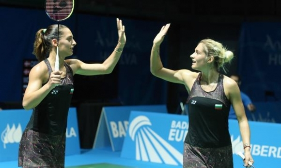 Френският тим на сестри Стоеви на полуфиналите на Световното клубно...