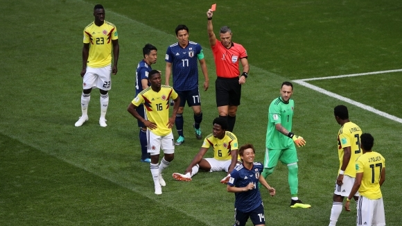 Смъртни заплахи за Карлос Санчес след червения му картон на Колумбия - Япония