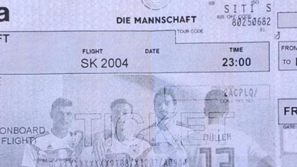 Швед раздаде билети за връщане на германците