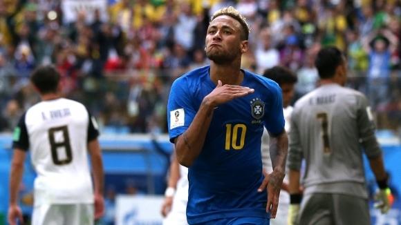 Неймар вкара след куп пропуски и симулация за дузпа, но Коутиньо е героят на Бразилия (видео)