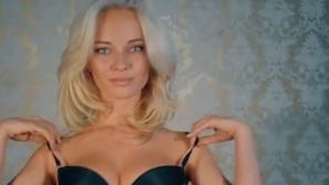 """""""Сън"""" изрови пикантни снимки на порноактрисата Наталия Немчинова"""