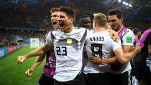 Германия - Швеция 2:1, германците са с 10 (гледайте на живо)