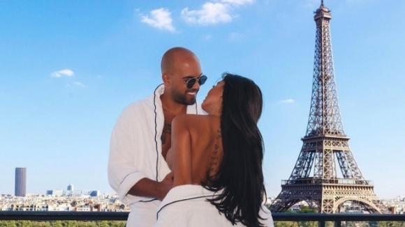 Ники Михайлов и Николета празнуват в Париж