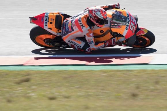Маркес спечели изключително напрегнато състезание за ГП на Холандия