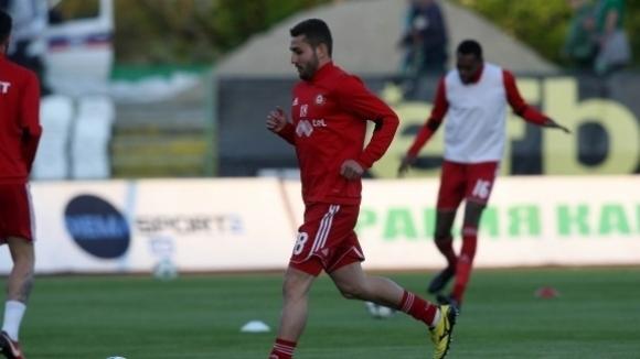 Футболист на ЦСКА-София с четири счупвания на пръстите на дясната ръка