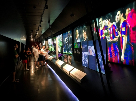 "Музеят на Барса ""мълчи"" за последните две ""Златни топки"" на Кристиано"