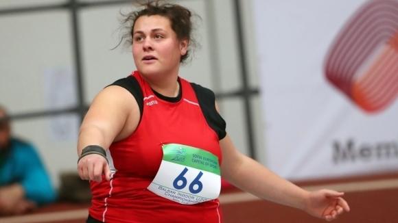 Яна Копчева е финалистка в тласкането на гюле на Европейското в Унгария