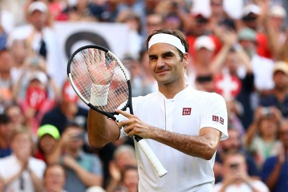 Роджър Федерер с победа номер 200 на трева