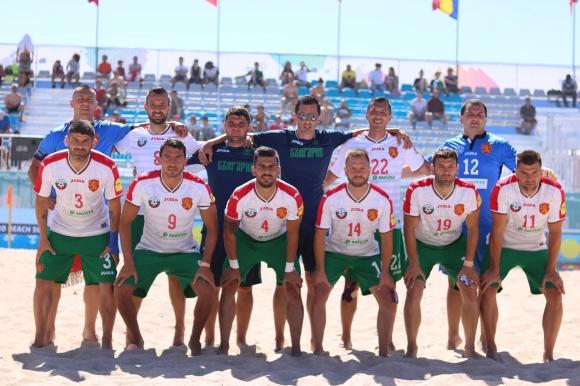 Националите по плажен футбол започнаха с разгромна победа в Евролигата
