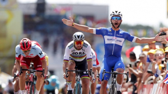 Атрактивни падания в първия ден на Тур дьо Франс