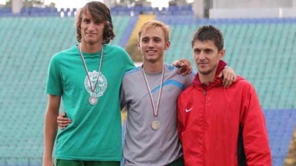 Борис Линков шампион в скока на дължина след рекорд в дъжда