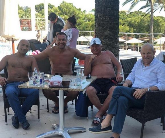 """Кобрата се срещна със собственика на """"Зауерланд"""" в Майорка"""