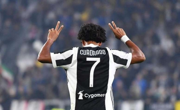 Очаквано: Куадрадо остави любимия №7 за Кристиано