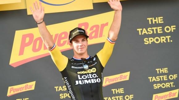 """Дилан Грьоневеген взе втора поредна етапна победа в """"Тур дьо Франс"""""""