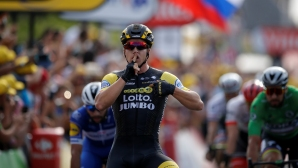 "Дилан Грьоневеген спечели седмия етап на ""Тур дьо Франс"""