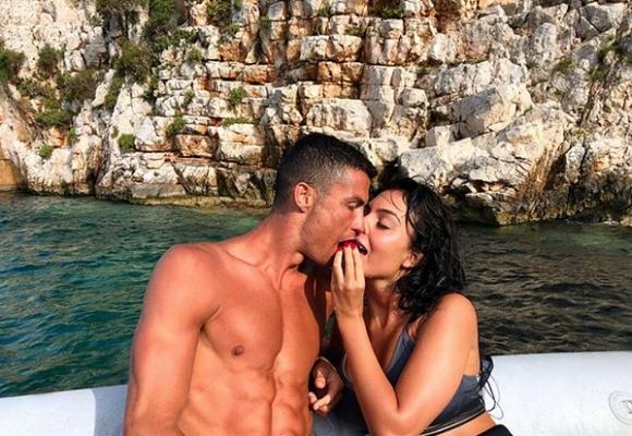 Кристиано Роналдо остави петцифрен бакшиш в Гърция