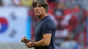 Льов обсъди бъдещето си начело на Германия