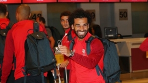 Ливърпул замина за САЩ със Салах и Мане