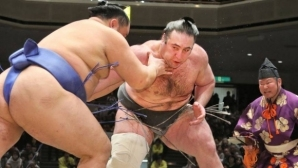 Аоияма завърши със загуба участието си на турнира по сумо в Нагоя