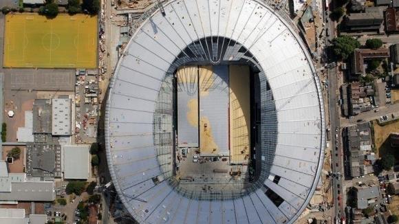 Новият стадион на Тотнъм прилича на… тоалетна седалка