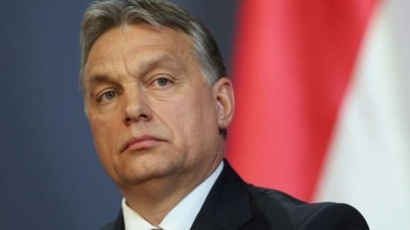 Премиерът на Унгария гледа на живо Лудогорец - МОЛ Види (видео)