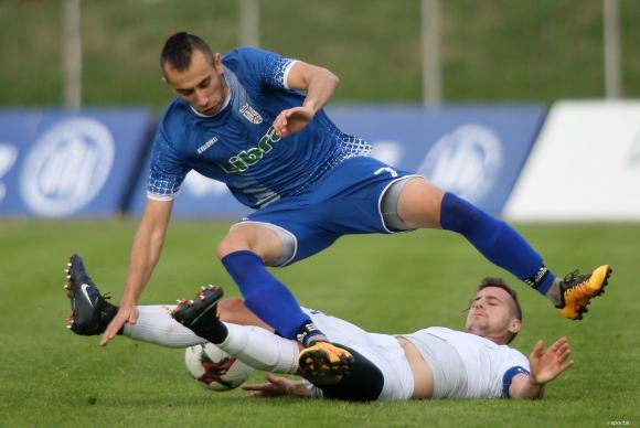 Академик и ФК Севлиево завършиха 2:2 в Свищов