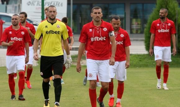 Вальо Илиев определи групата за дебюта във Втора лига
