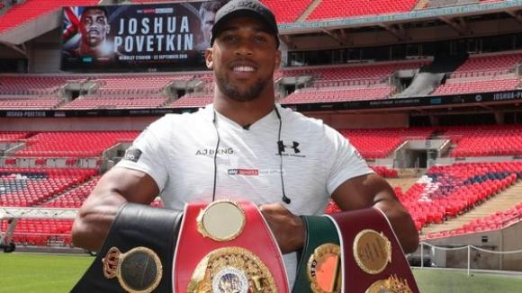 Антъни Джошуа подписа нов 3-годишен договор с Matchroom Boxing (видео)
