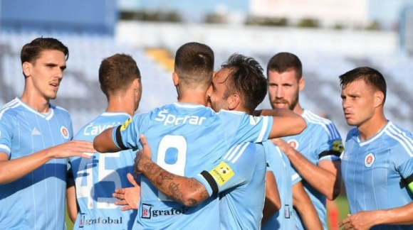 Божиков и компания продължават напред в Лига Европа