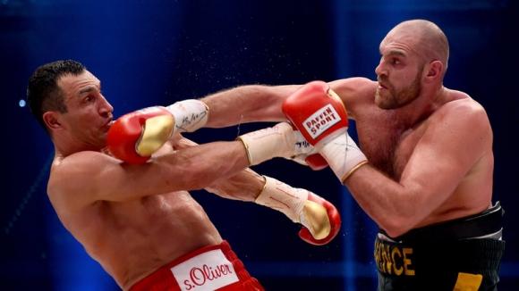 Тайсън Фюри се подигра жестоко на Владимир Кличко