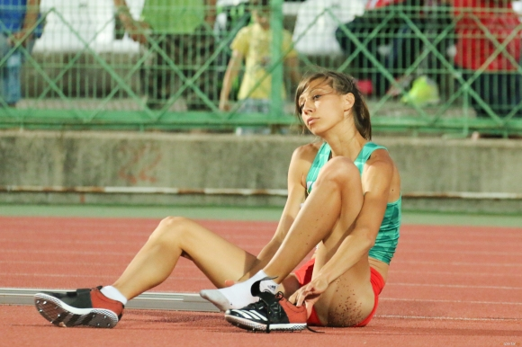 Мирела Демирева без грешка стигна до финала в Берлин
