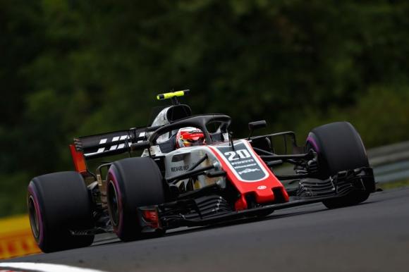 Клиентите на Мерцедес нямат право да се оплакват, че не са с Ферари