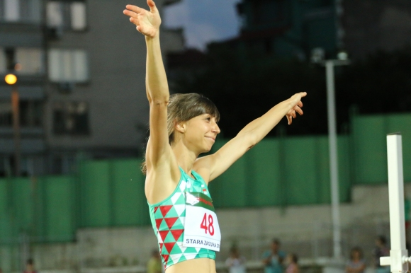 Пети стартов номер за Демирева във финала