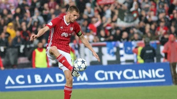 """Чорбаджийски """"гори"""" за три мача в Европа"""