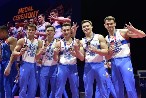 Русия спечели трета поредна отборна титла при мъжете