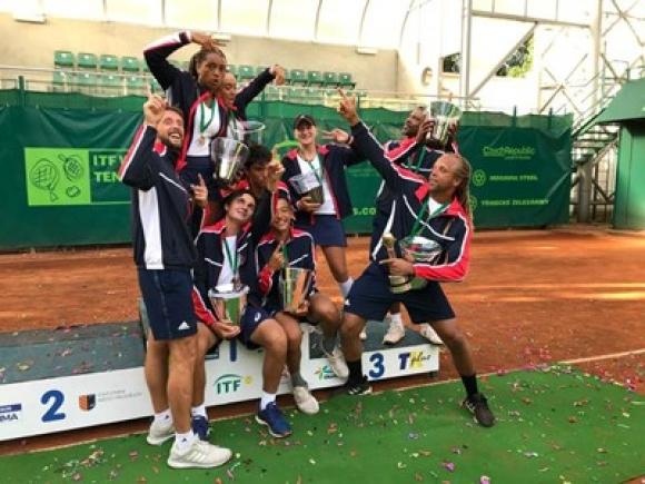 Виктор Лилов стана световен шампион по тенис с отбора на САЩ