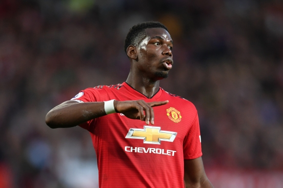 Гигс: Погба трябва да получи капитанската лента в Юнайтед