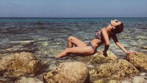 Любимата на Дюлгеров е секси в Гърция