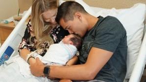 Мика Кристенстън стана баща за първи път