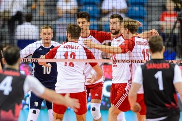 """Полша с категорична победа над Канада на """"Хуберт Вагнер"""" (видео + снимки)"""