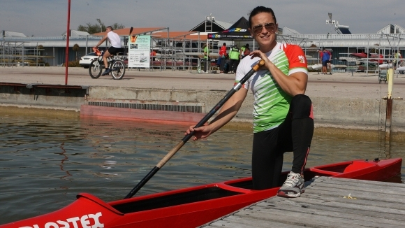 Станилия Стаменова се класира за финала на 200 метра едноместно кану на Световното
