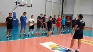 Виктор Карагьозов изведе Марек за първа тренировка