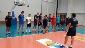 Виктор Карагьозов изведе Марек за първа тренировка (снимки)
