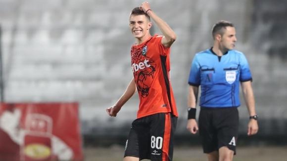 Лъчо Котев: Чест и удоволствие е да бъда национал! Мечтая да заиграя в голям европейски отбор