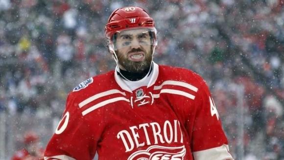 Капитанът на Детройт пропуска старта на сезона